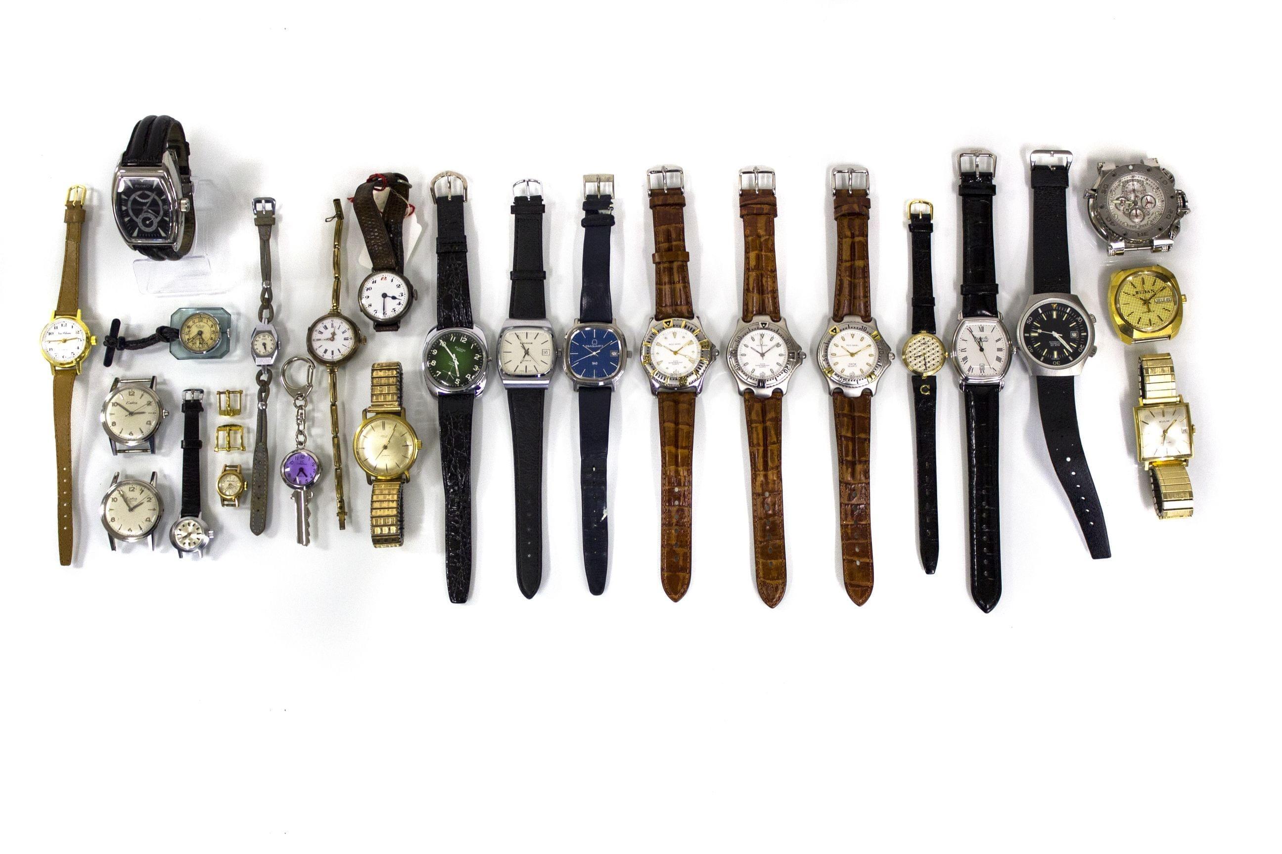 Lot de 24 montres, montres-bracelets et montres sans bracelet de marques...